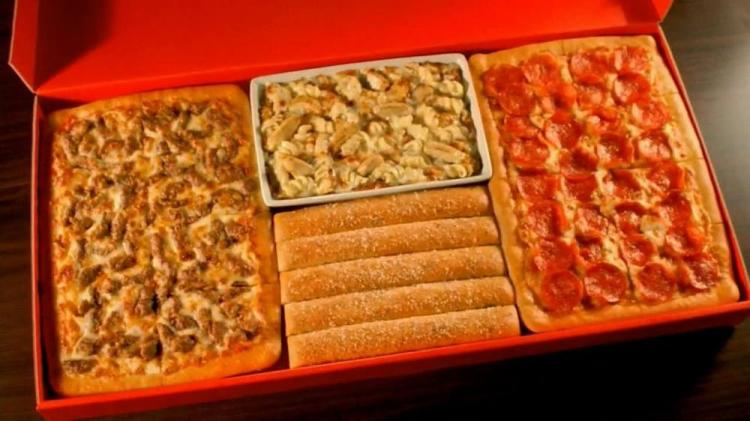 pizza-hut-big-dinner-box-large-4.jpg
